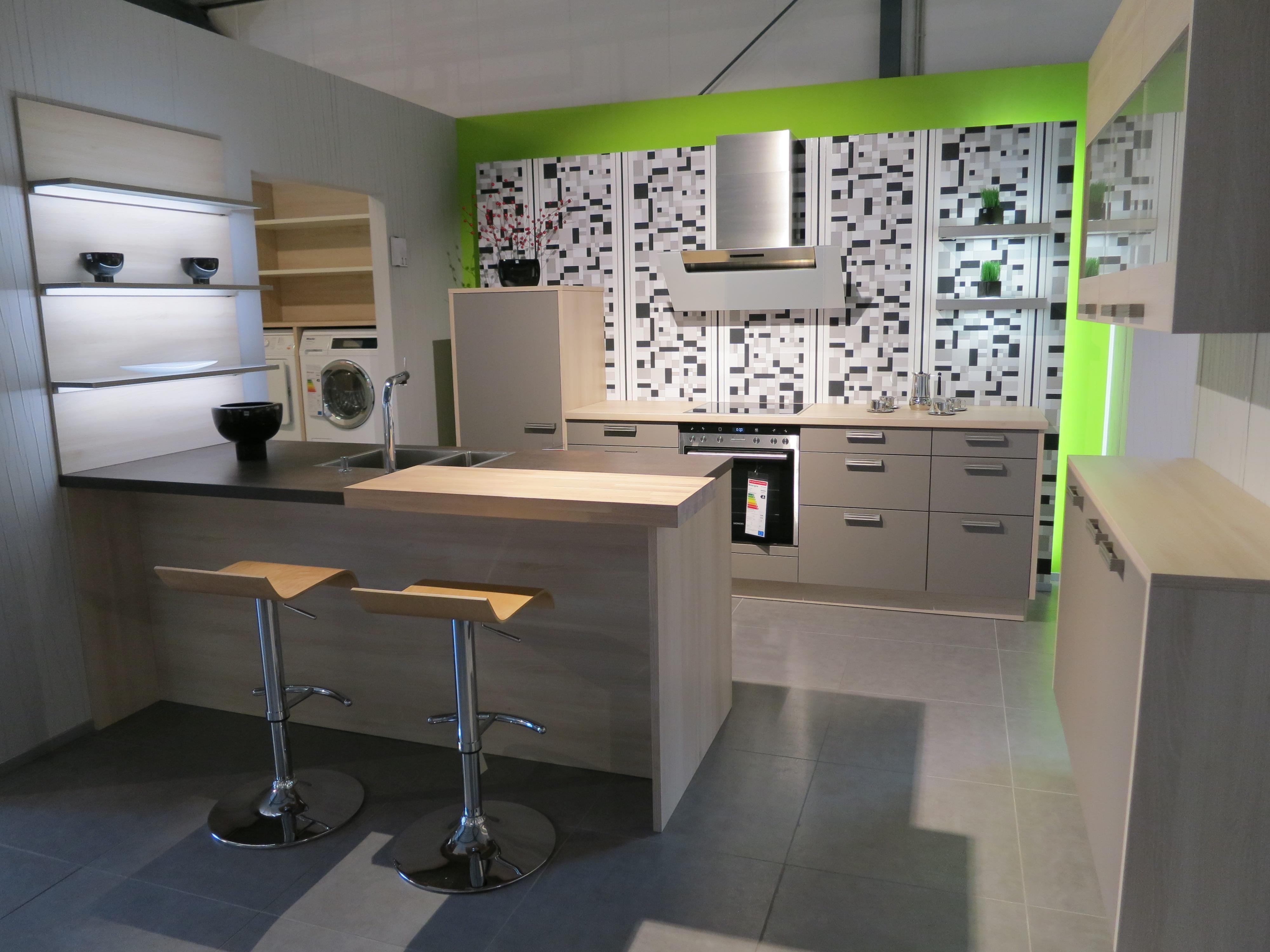 Küchen Forum Onlineshop - Ausstellungsküche AV 1080 basalt